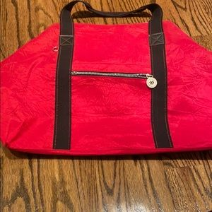 New York and company red tote